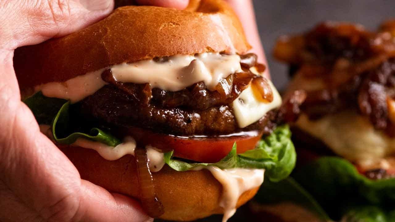 Swiss Mushroom Burgers (quick & easy)